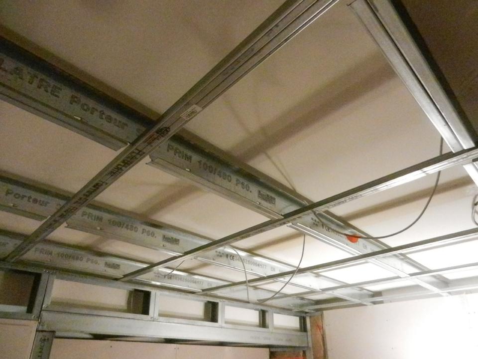 Quadrillage métallique plafond